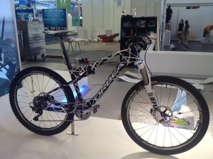 Sneak Peek: Catherine Pendrel's WC Winning mountain bike - a prototype 2013 Orbea Oiz full suspension