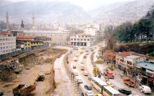 ZAFER MEYDANI / 1997 (Zafer Plaza inşaatı için kazı yapılırken)