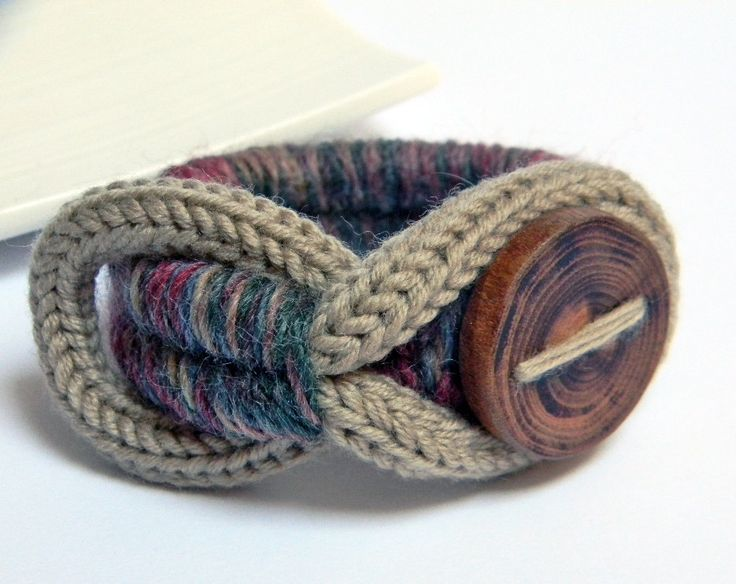 Denim blue and mixed colors wool yarn bracelet. Wood button. Yarn jewelry. Camel beige, burgundy, deep green. €20.00, via Etsy.