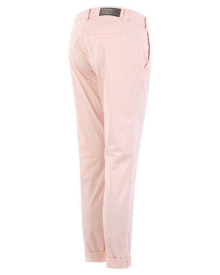 Deyk Liv | Black broek zalm  Description: Regular fit broek van het merk Deyk in de kleur zalm.  Price: 65.00  Meer informatie