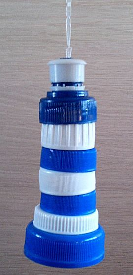 vuurtorenvandoppen; A lighthouse out of caps (instructions in Dutch)