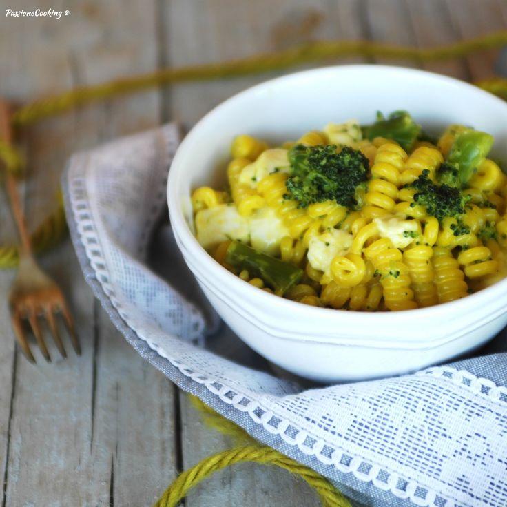 Pasta con broccoli e zafferano http://blog.giallozafferano.it/passionecooking/pasta-broccoli-zafferano/