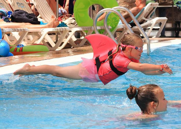 The 25 Best Swimming Aids Ideas On Pinterest Kids Swimming Water Jumpers And Swimming