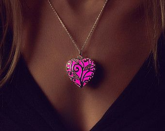 Small Pink Glowing Necklace Little Hearts Heart by EpicGlows
