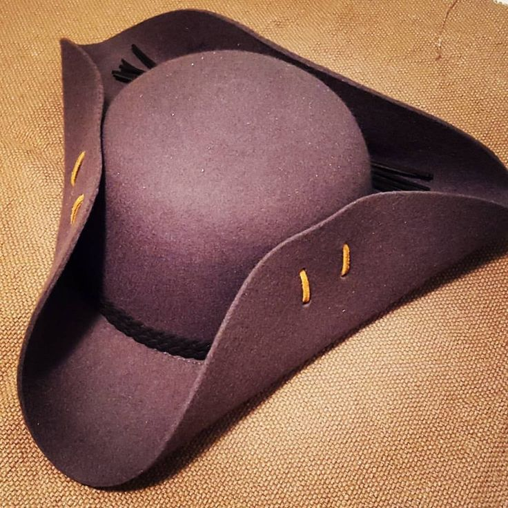 How to Make a Tricorn Hat – Learn how to