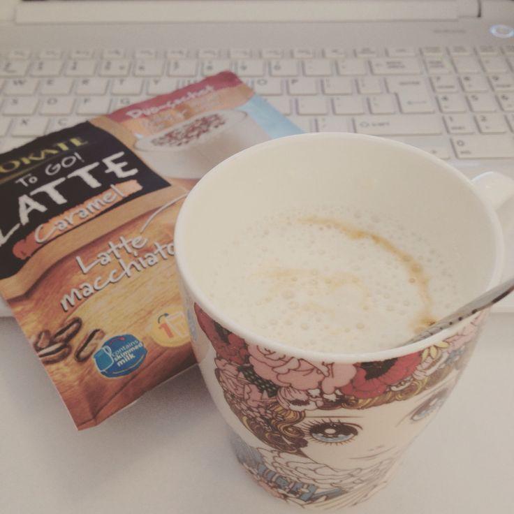#justcoffee #coffee #coffeetime #caramel #lattemacchiato #break #autumnmood #happymoments #workinprogress #accessoriesforstars #love #dreamgirls #lovework #sweet #sweetmood
