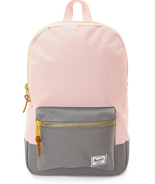Keep your look modern even when carrying your books with this Settlement Cloud pink and grey 17L backpack from Herschel Supply Co. A light pink body with a complimenting grey bottom and pouch pocket will keep your personal belongings safe, secure and look