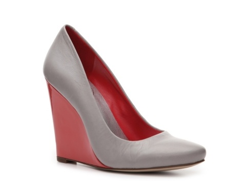 JS by Jessica Cierraa Wedge Pump. Love the crimson and grey!