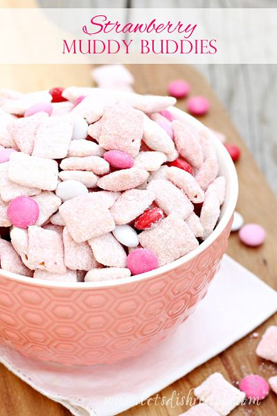Strawberry Muddy Buddies | A strawberry twist on traditional Muddy Buddies. Perfect for Valentines Day. #recipes