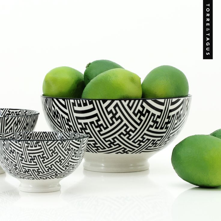 Bright, bold colors pop against these classic Black & White #YSS Kiri bowls. Ideal for displaying your favorite fruit, candies or snacks - or use in a modern tabletop setting. #TorreAndTagus #KiriBowl #ColourYourHome #HomeDecor www.torretagus.com