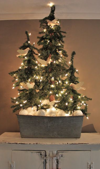 erin's art and gardens: 3 primitive christmas trees in galvanized metal tub with faux snowballs. Cute display