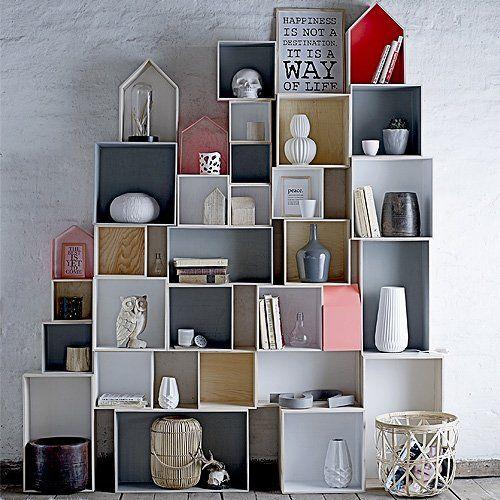 Bloomingville kvadratiske bogkasser i grå/natur. Køb enkeltvis eller som sæt