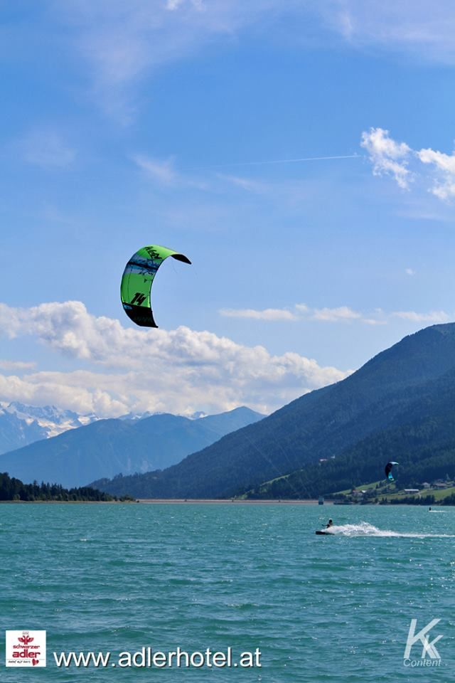 Kitesurfen am Reschensee
