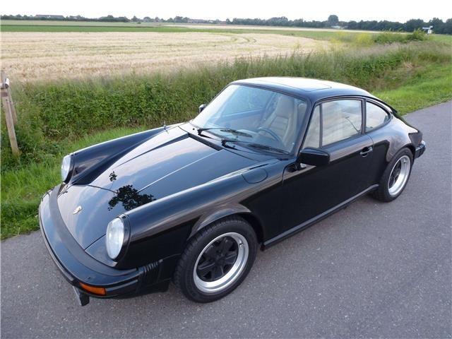 Porsche 911 Coupé in Schwarz als Gebrauchtwagen in Emmerich für € 39.900,-
