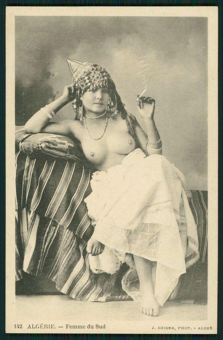 Algerian Naked Photos 17