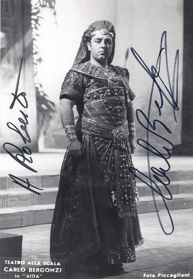 Carlo Bergonzi nel ruolo di Radames in un'Aida scaligera del '76. Foto Piccagliani #VerdiMuseum