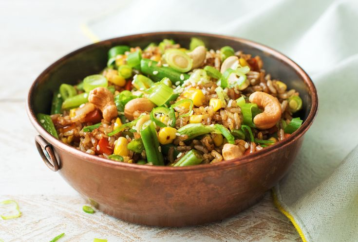 Toasted Brown Rice Bowl with Sweet Potatoes, Green Beans and Chili Cashews