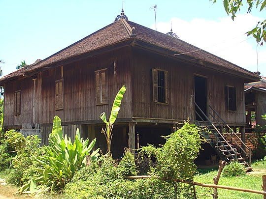 17 best images about cambodian khmer wooden house on pinterest house interiors architecture - Traditional houses attic ...