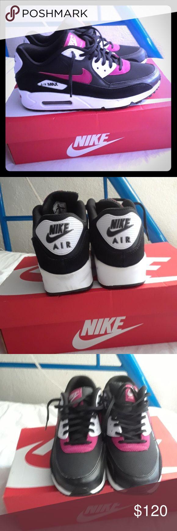 Zapatos nike para mujer Están semi nuevos sólo los use una vez 928 70th ave Oakland CA Shoes
