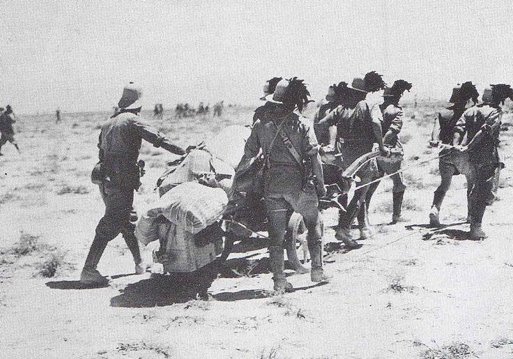 Bersaglieri avanzano nel deserto, WWII, pin by Paolo Marzioli