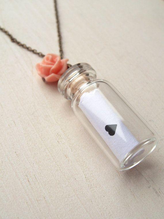 Carta de amor en un collar de la botella, encanto de la botella de cristal, collar collar, amante corazón mensaje, latón antiguo, idea de regalo de joyería rosa, linda rosa