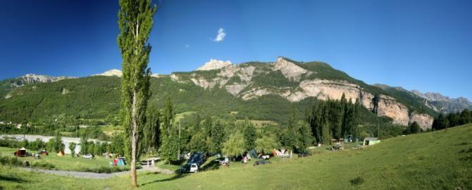 Camping le Prieuré, St.-Martin-d'Entraunes (A.-Maritimes)