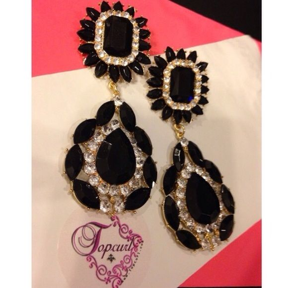"""Large Pageant Formal dangle earrings Look amazing in these 4"""" dangle pierced earrings. Black and clear crystal like gems gold tone base. Just what you need for pageants, prom, wedding or any other special occasion. High quality so please no low ballers. Offers only accept with 'Offer Button'  No Trades and discounts on liquidated items.  Don't forget to follow me for great high and low end finds.  IG & FB @Topcurl Jewelry Earrings"""