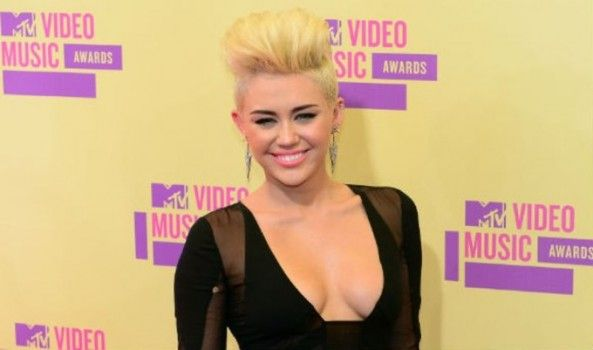 Miley Cyrus veut maintenant dominer le monde !