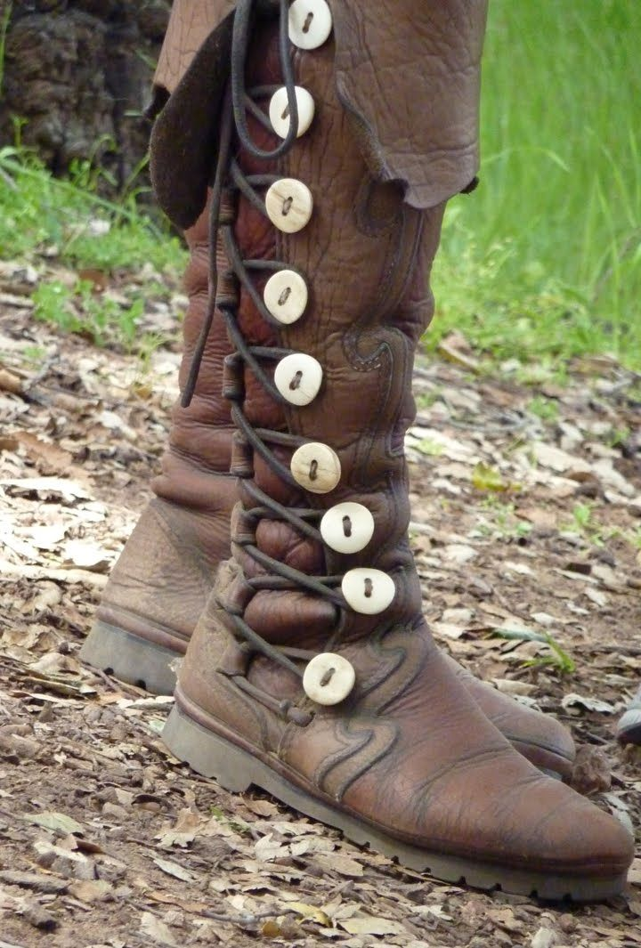 Practical modern grips without looking too modern.... They remind me of Stinas boots