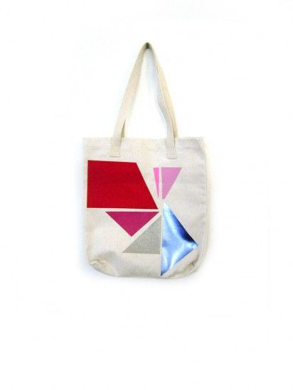 Geometric tote from Store Without A Home (via Design for Mankind) #geometric #tote #bag #StoreWithoutAHome #swah #triangles