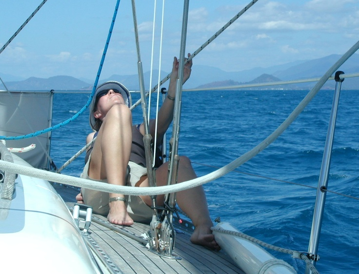 Checking the mainsail @ Great Barrier Reef - Australia