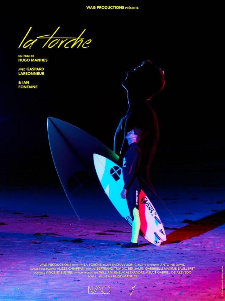 Pour sa dernière vidéo, le réalisateur français Hugo Manhes transforme le fameux spot de surf breton en un terrain de jeu féérique.