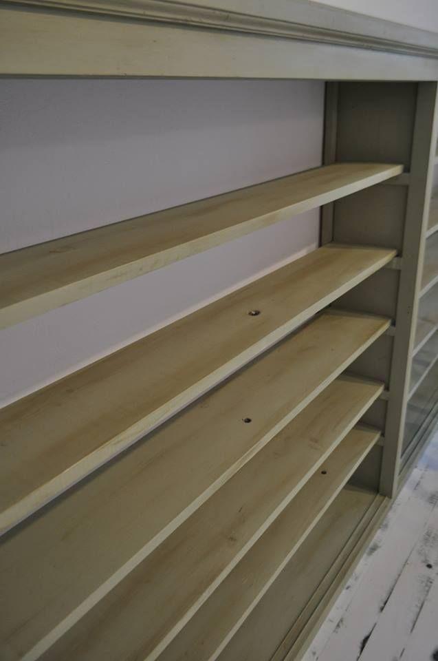 #belovedstudentspieces #wooden #bookcase #autentico #chalkpaint #vintage
