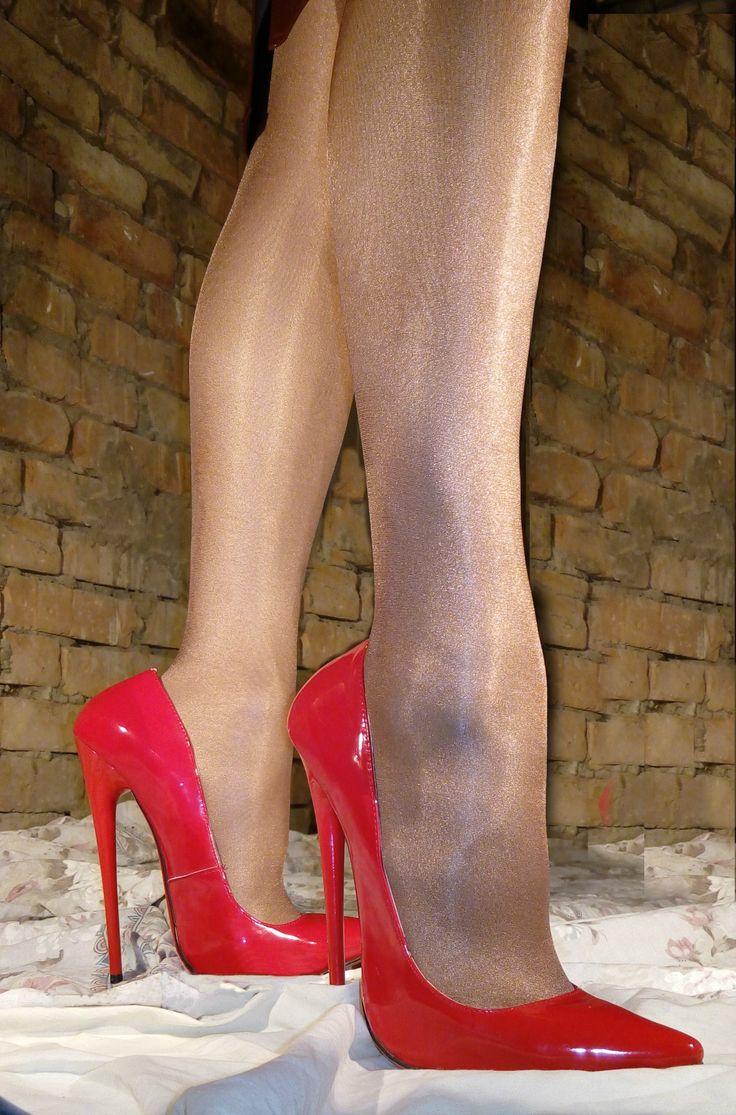 16 cm heels