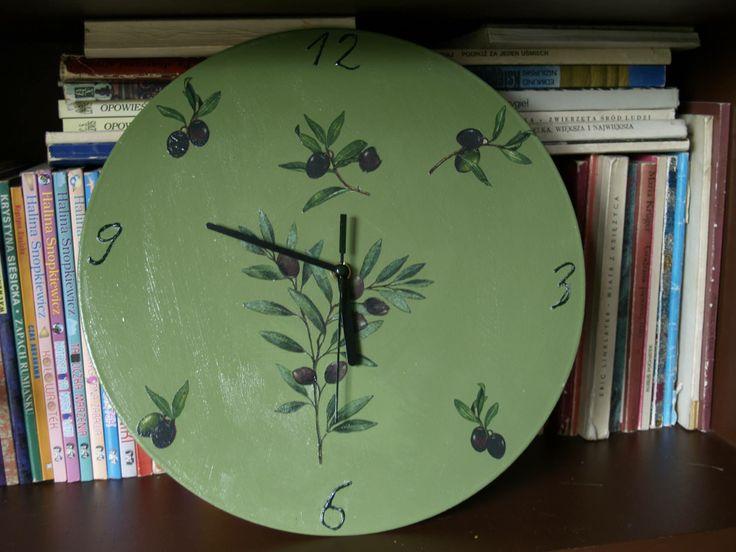 Clock on vinyl