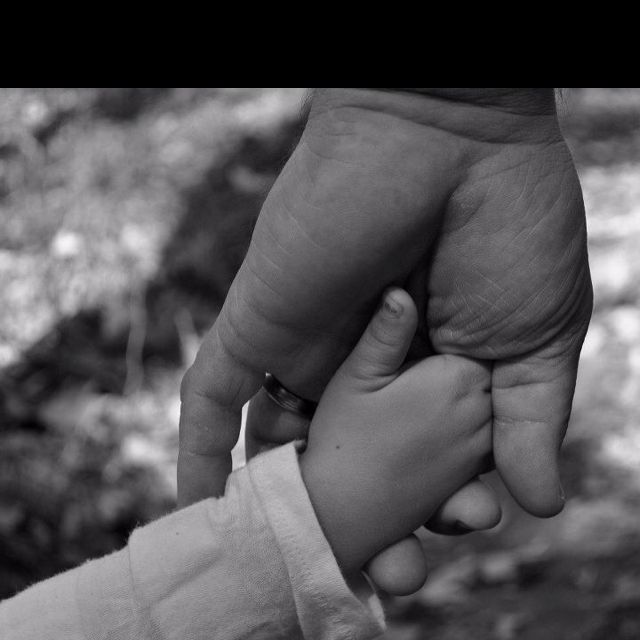 Absolutely nothing more precious and sacred than a daddy/daughter relationship.  #fatherdaughter #holdinghands