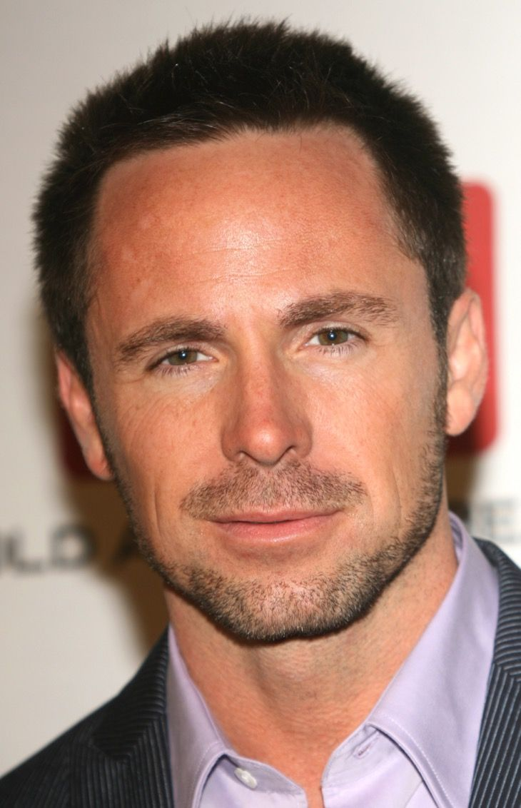 "According to ""General Hospital,"" sources William deVry (Julian Jerome) and the iconic soap have parted ways. Up until the last minute contract negotiations between deVry and the sudser seemed to be up in the air and it looked as if they could go either way. Now insiders are saying that ta"