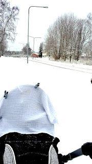 Hima Saimi: Vauvasta Taaperoksi - vuosi 2016 sanoin ja kuvin