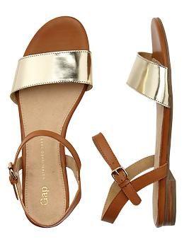 leather sandals / gap
