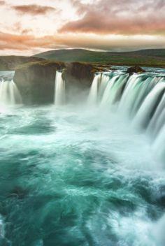 Travel: Waterfall of the Gods, Ireland