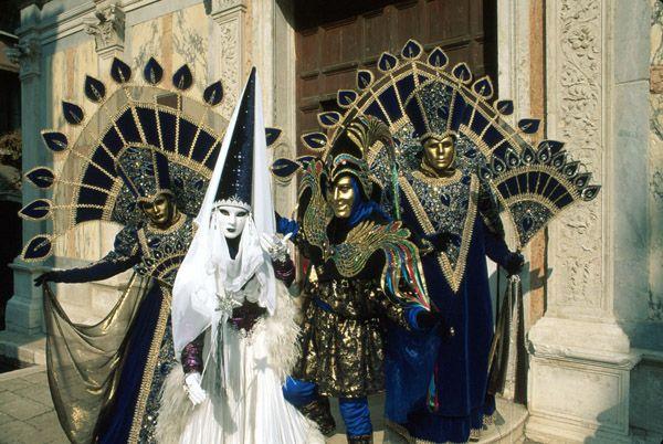 Google Image Result for http://www.venicecarnival.com/img/off01.jpg