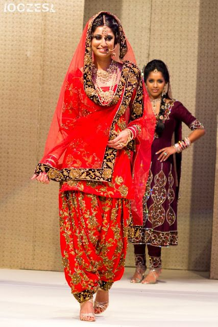 Beautiful Desi Wedding Patiala Suit Sati Takhars