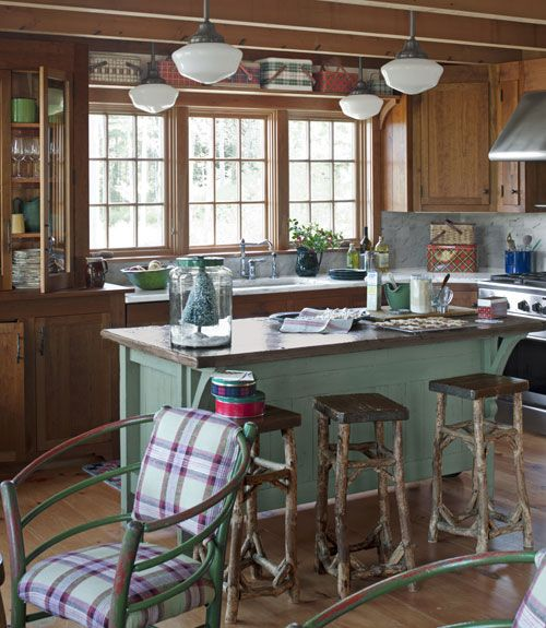 19 Log Cabin Home Décor Ideas: There's No Place Like Home: Kitchen/Dining