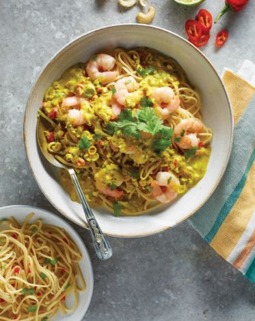 Impress your friends with this tasty Prawn and Lemongrass Curry.