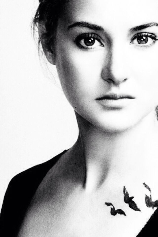 ~Divergent~ ~Insurgent~ ~Allegiant~ Shailene Woodley as Tris Prior -- a girl we all wish we could be like...