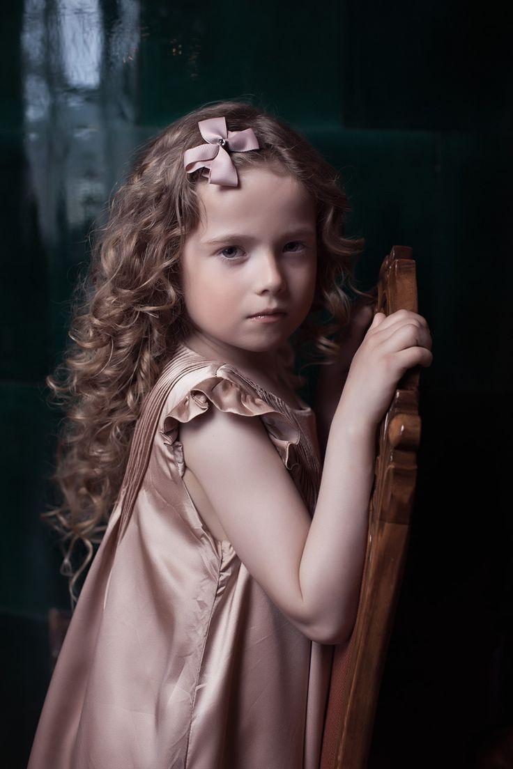 Prinsessefin Stylist: Ann-eli Strickert Borgen Fotograf: Eric Fagerheim, fotofashion.no