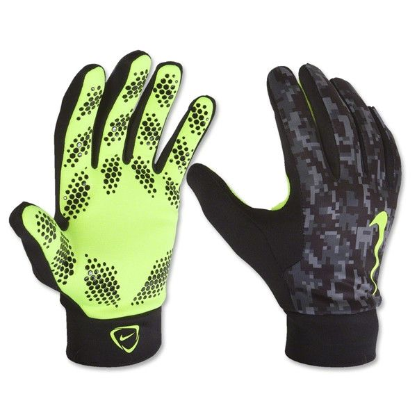 NIKE HYPERWARM FIELD PLAYER GLOVES. ESSENTIAL WARMTH AND SUPERIOR GRIP The Nike Hyperwarm Field Player's Football Gloves are made with warm, fleece-lined polyester and specialised silicone grip for co