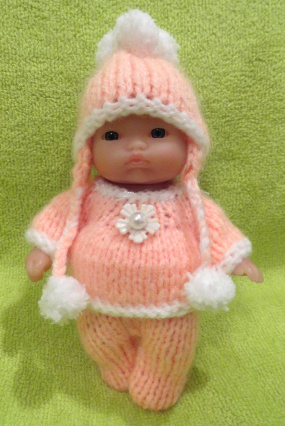 Check out this item in my Etsy shop https://www.etsy.com/listing/212700961/christmas-hand-knitted-dolls-clothes-for