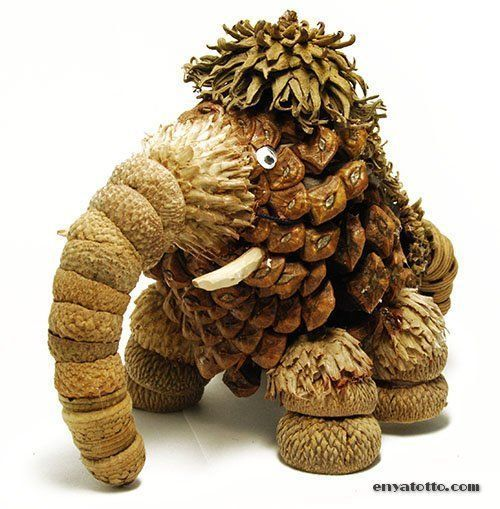 Amazing pine cone craft for this fro …