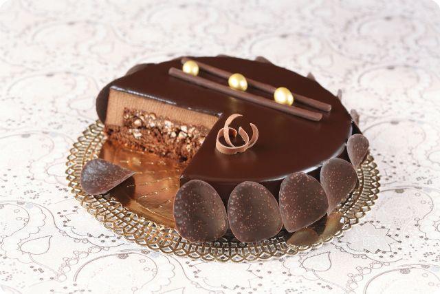 Verdade de sabor: Шоколадный торт-мусс с хрустящим пралине / Torta mousse de chocolate com praliné crocante